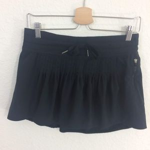 Lululemon Black Pleated Tennis Skort Skirt
